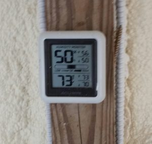 Humidity reading on top and temperature on the bottom