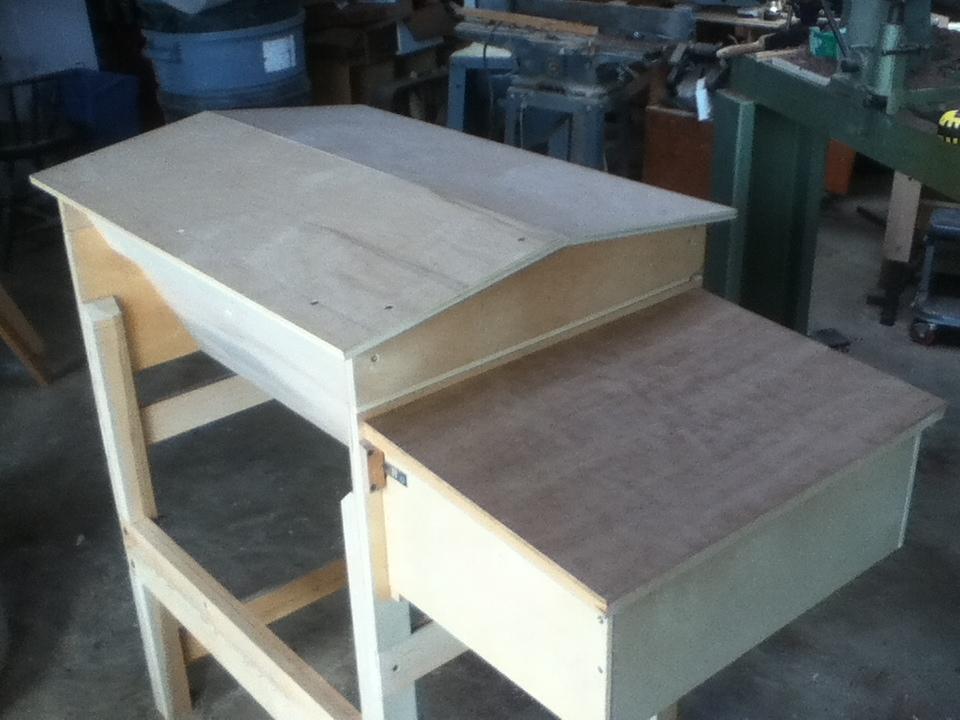 Salle Hybrid Top Bar Hive Prototype