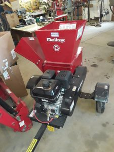MacKissic trailer mounted hammer mill